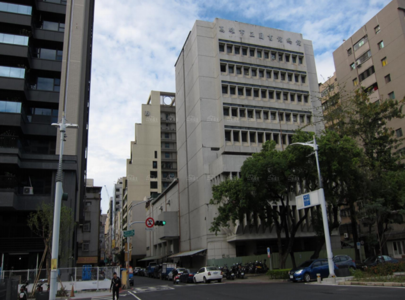 高雄財政局招標底價2.83億地上權 活化舊總圖閒置基地