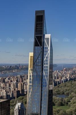 努維爾在紐約市設計的首棟住宅大廈53 West 53進入收尾